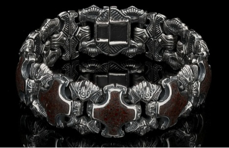 william henry dinosour bone diamond bracelet