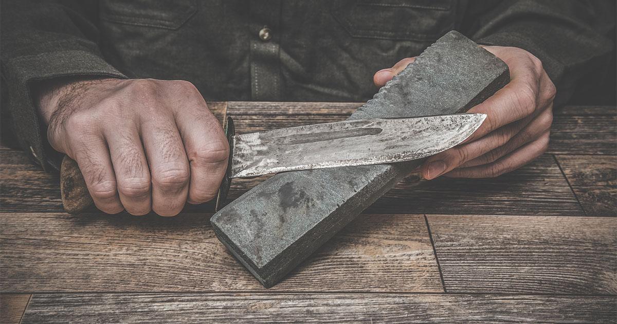 Knife Sharpening Guide 101: How to Sharpen a Pocket Knife