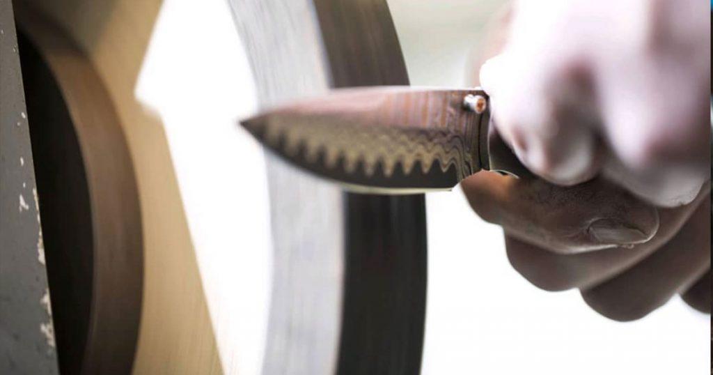 Sharpening Pocket Knife